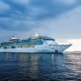 What You Should Know before Booking a Weekend Cruise