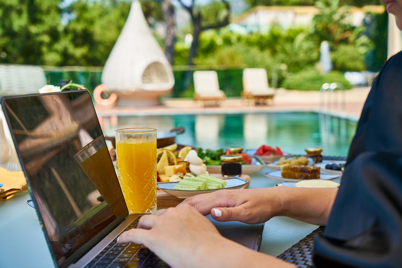 Virtual Hotel Tours: What You Need to Know